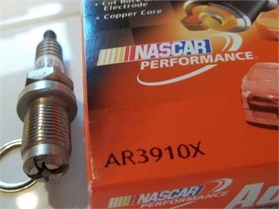 AR3910X Spark Plug, Honda GX160 / GX200