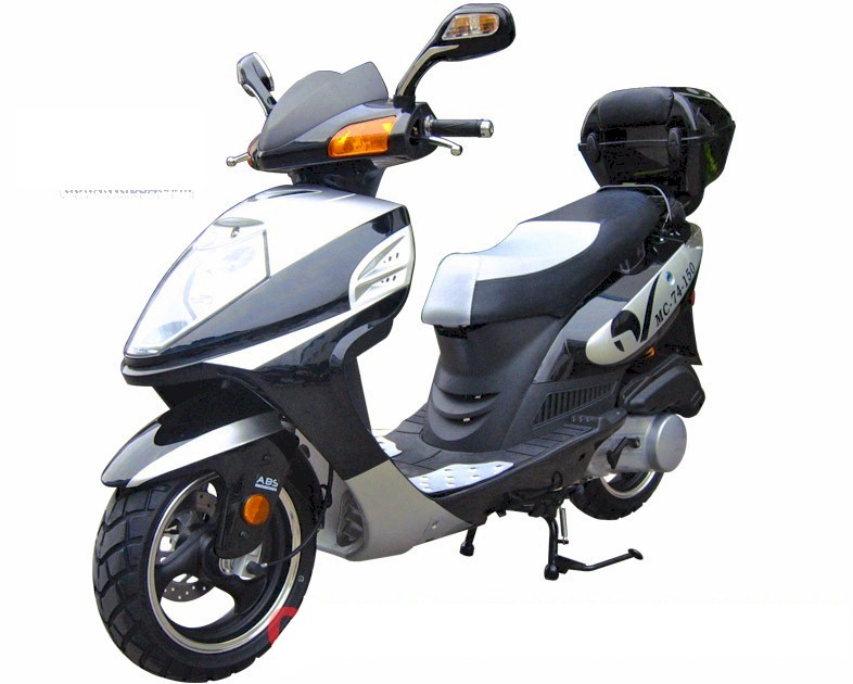 Roketa MC-74 150 Moped Scooter