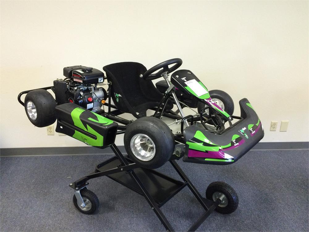 Voodoo VK1 Kid Race Go Kart, Gas Engine, 3hp, Ages 5-8 (Super Sale)