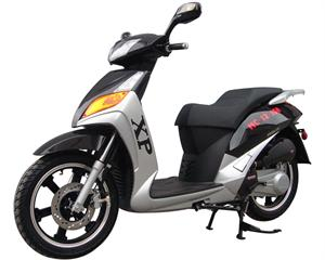 Roketa MC-12 150 Moped Scooter